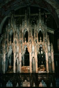 Edward II tomb